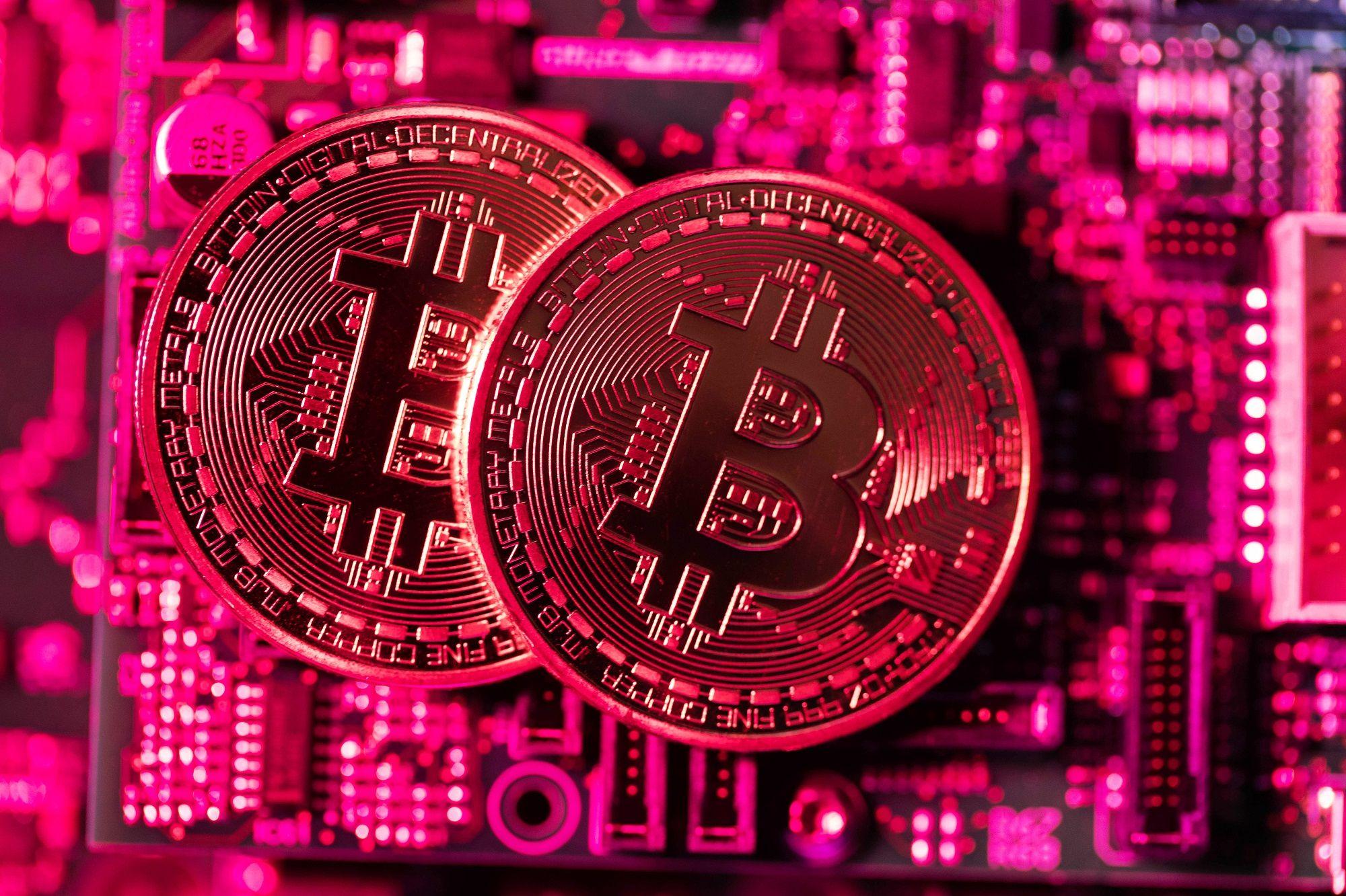 Business Maverick: South Africa Bitcoin 'Ponzi' Scheme Out of Regulator's Reach