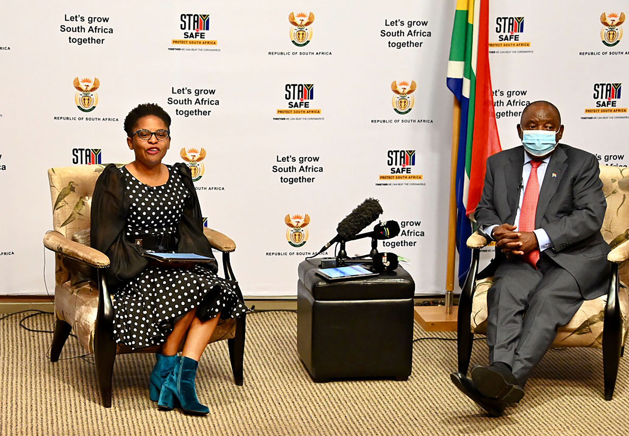 Ramaphosa and Ntshaveni