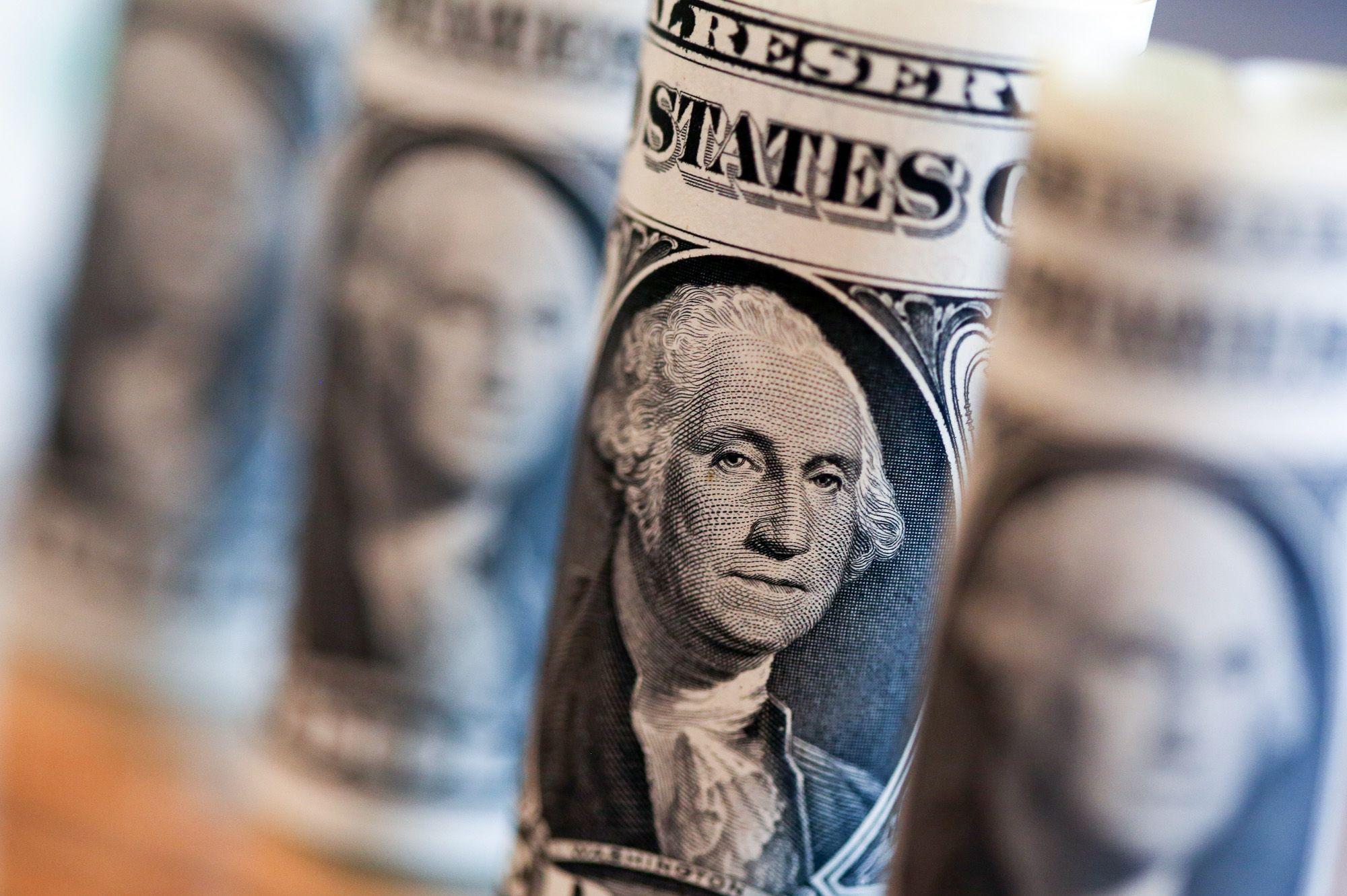 Hedge-Fund Titans Hohn, Mandel Lead $178 Billion Year of Profits