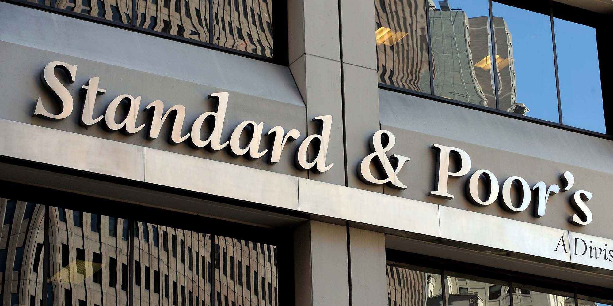 BUSINESS MAVERICK: S&P sees SA economy contracting 4.5% in 2020 — and notes sour long-term GDP per capita trend