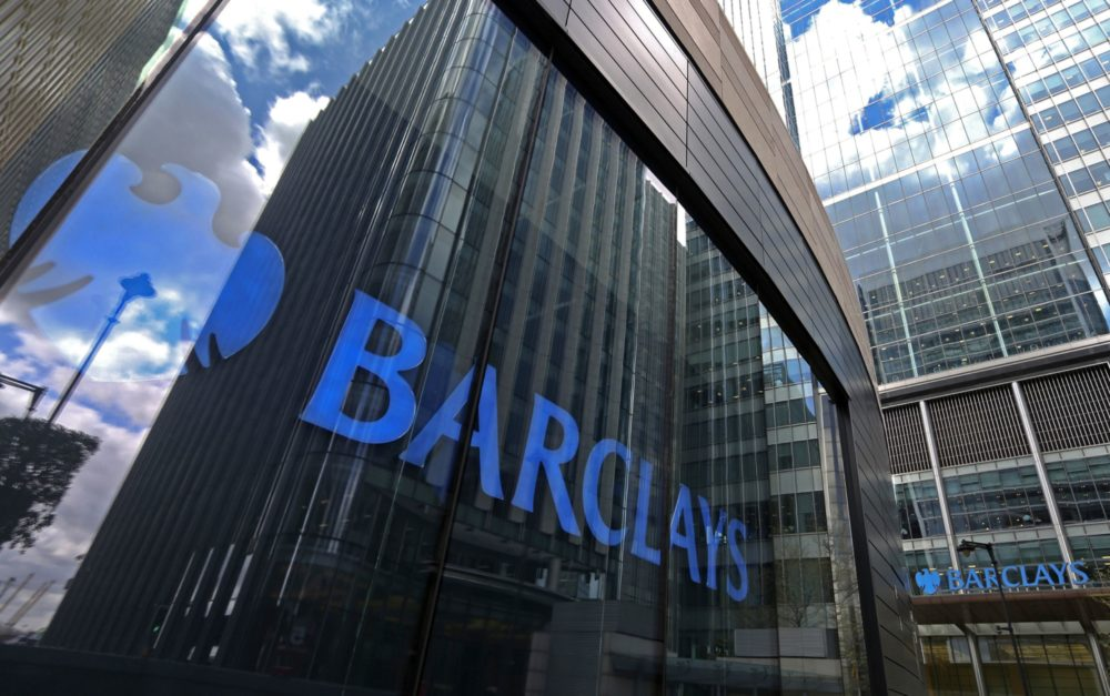 Business Maverick: Barclays Starts First Zero-Fee ETNs as Price War Intensifies