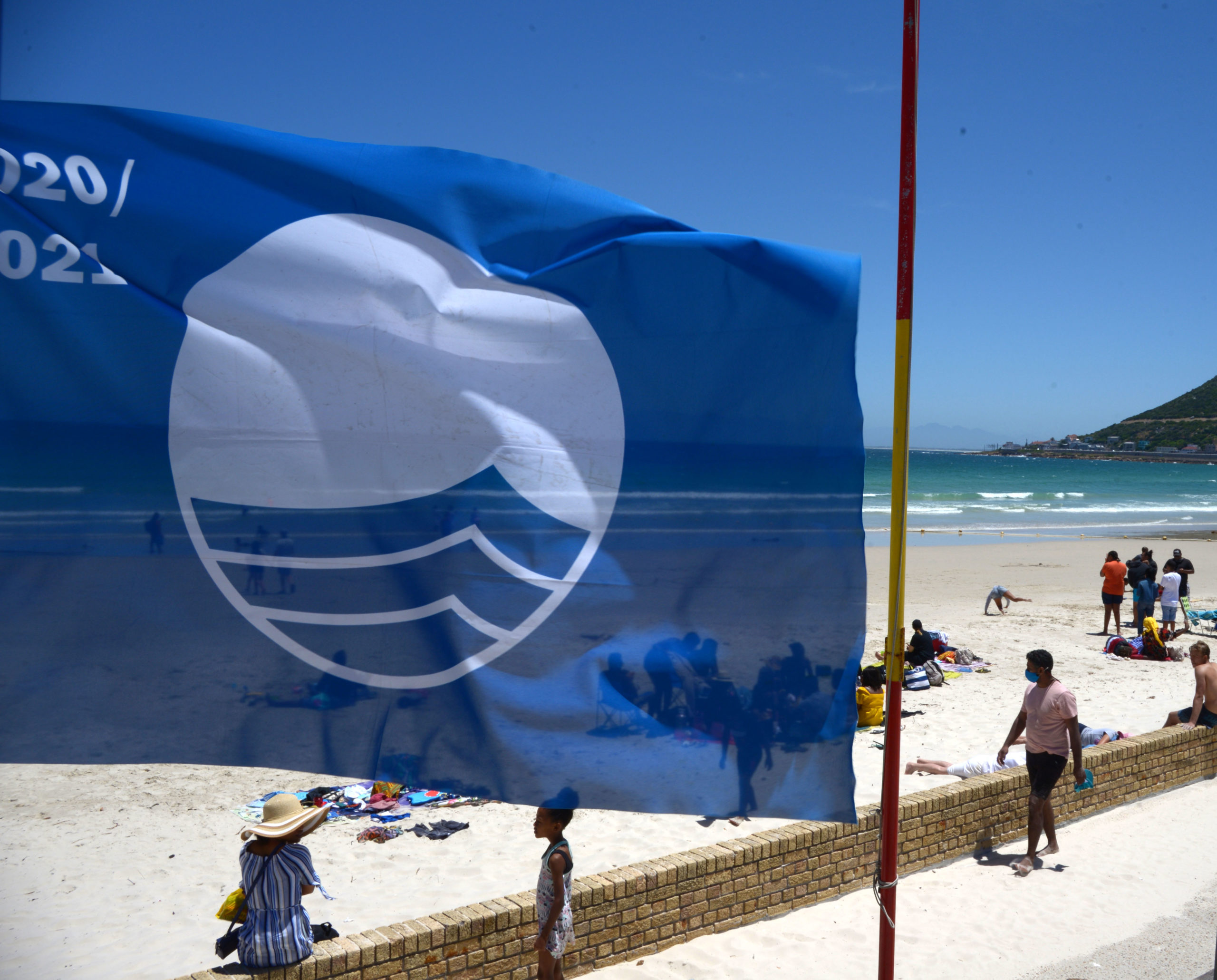 Blue Flag award no guarantee the water is clean - Daily Maverick