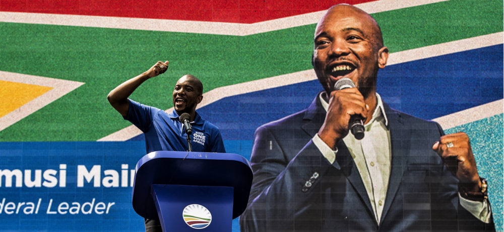 DA unveils 'pro-all South Africans' manifesto that is decidedly anti-expropriation