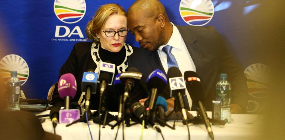 Maimane het onregmatige optrede deur partye ondersoek; Zille neem vier-persoon-wedloop deel om die voorsitter van die Federale Raad te word - Daily Maverick