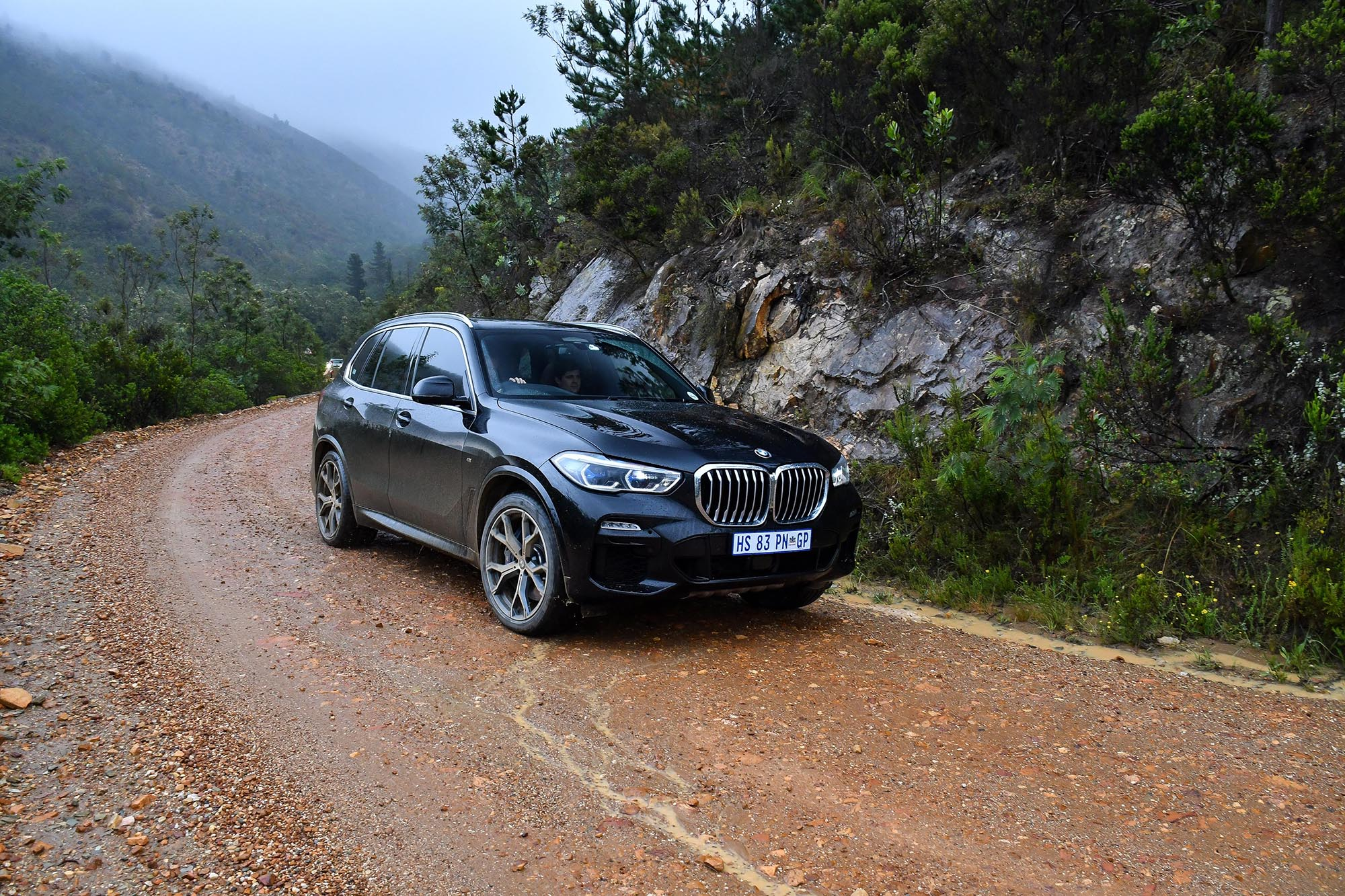 bmw x5 xdrive30d off road luxury off the beaten track. Black Bedroom Furniture Sets. Home Design Ideas