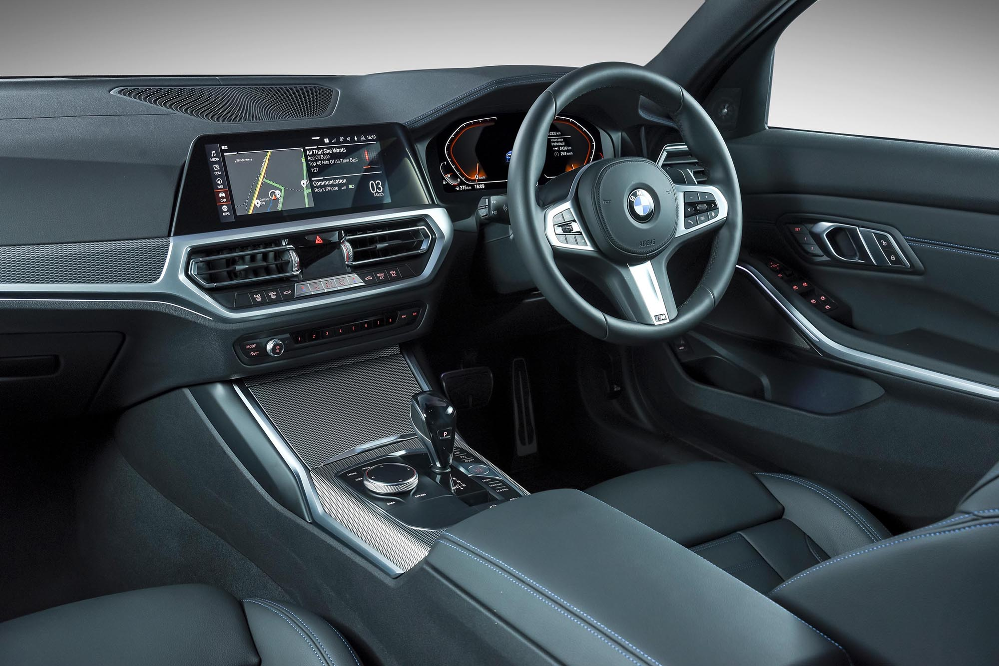 BMW 330i M-Sport Steptronic: From the inside out