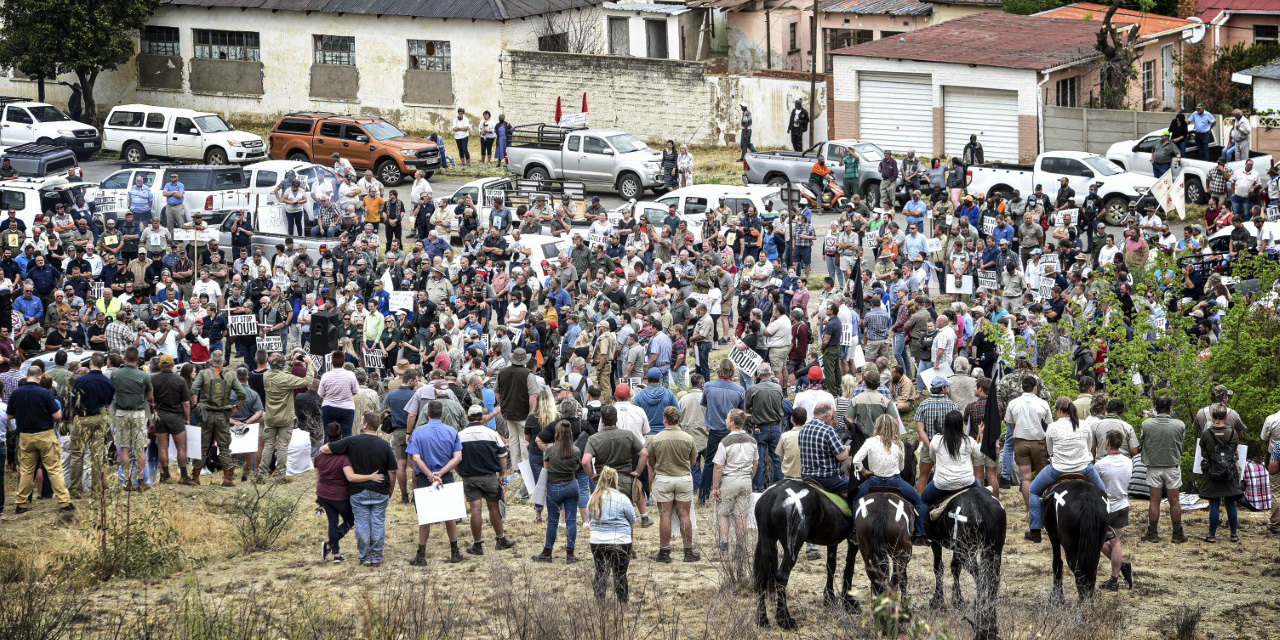 Police move to quell anger over Senekal farmer's murd...
