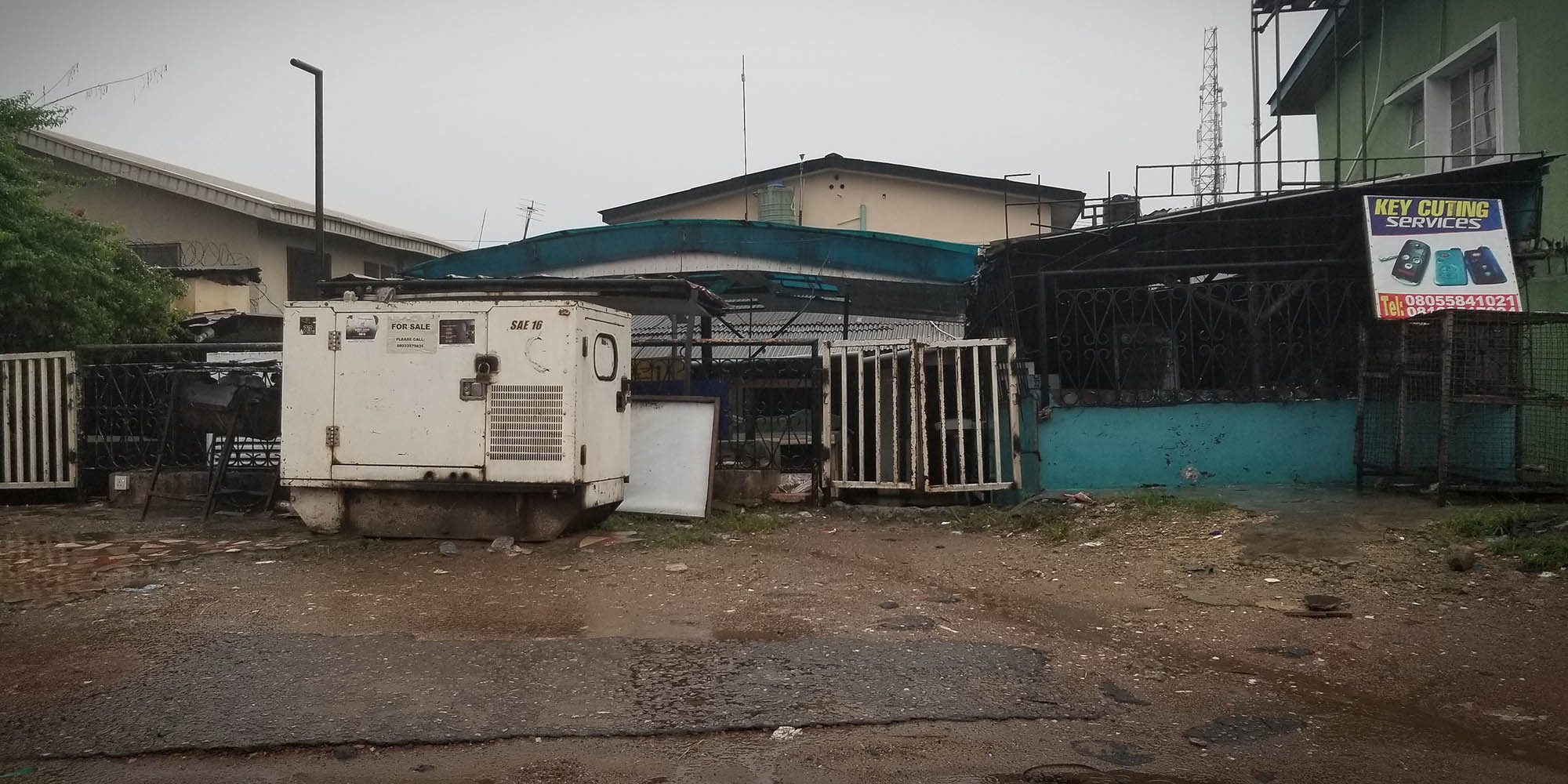 Nigeria's ever-present hum (of generators) - Daily Maverick