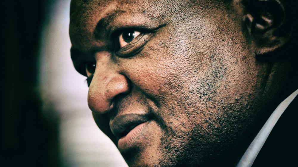 Daar sal 'gevolge' wees vir swak munisipale bestuur, korrupsie, waarsku die premier van Gauteng, David Makhura - Daily Maverick
