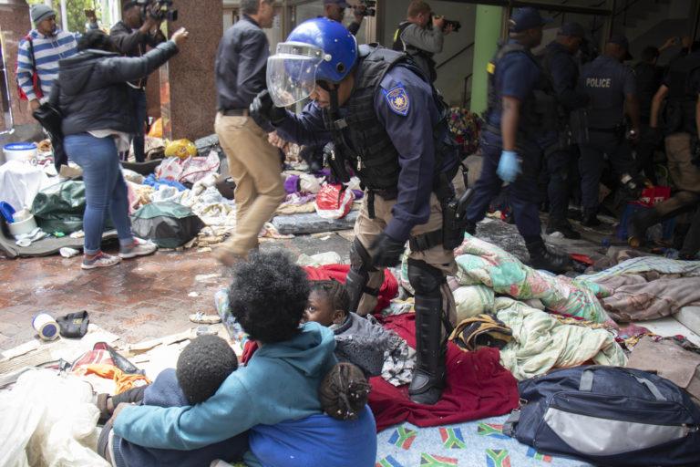 https://www.dailymaverick.co.za/wp-content/uploads/aisha-refugee-eviction-05-768x512.jpg