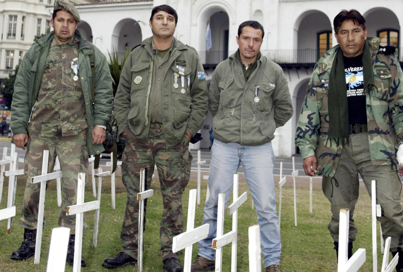 The Falklands War: A still-unresolved conflict, three d