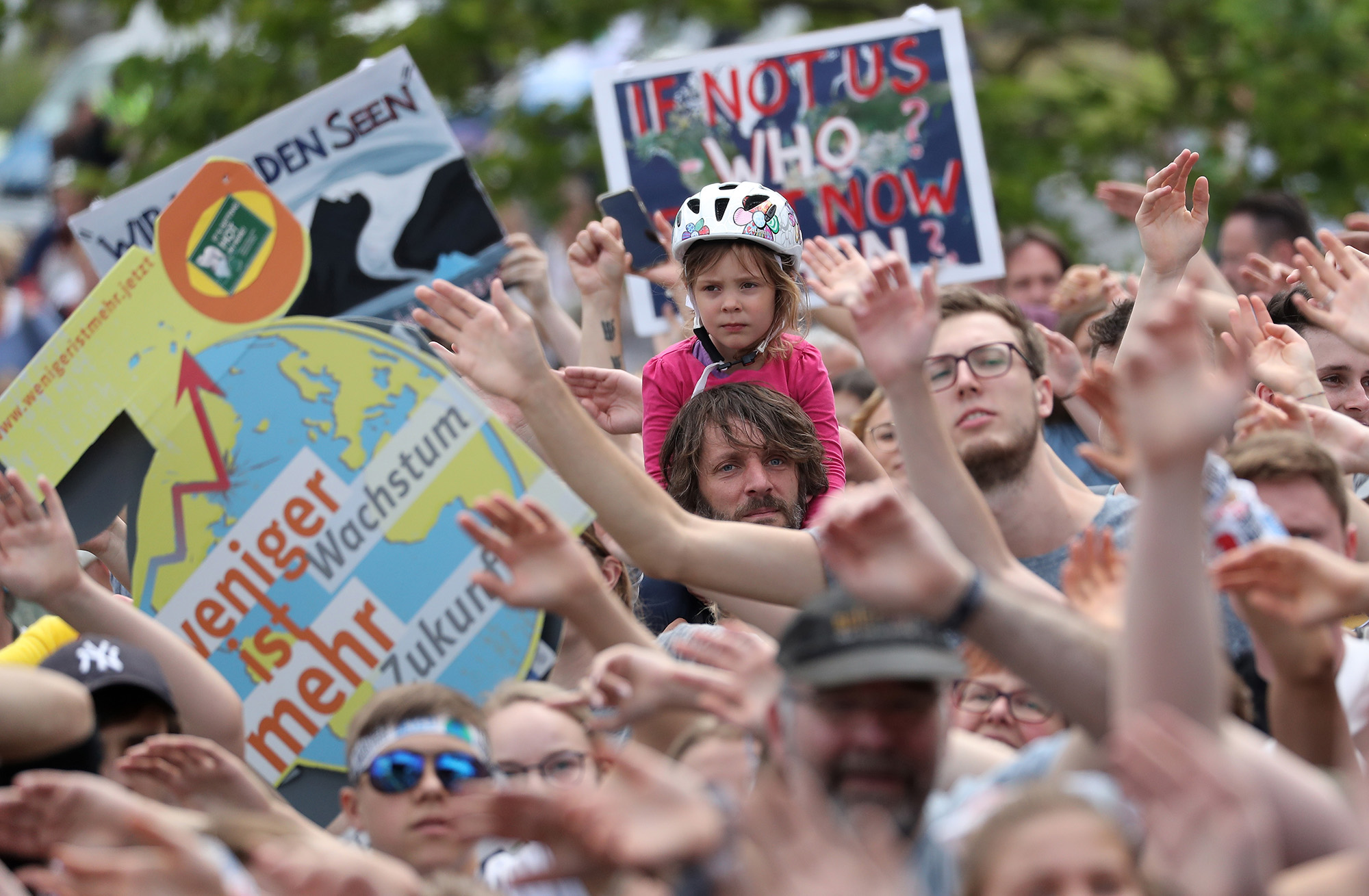 Newsdeck: Millions of young people, led by Sweden's Thunberg, to strike for climate action
