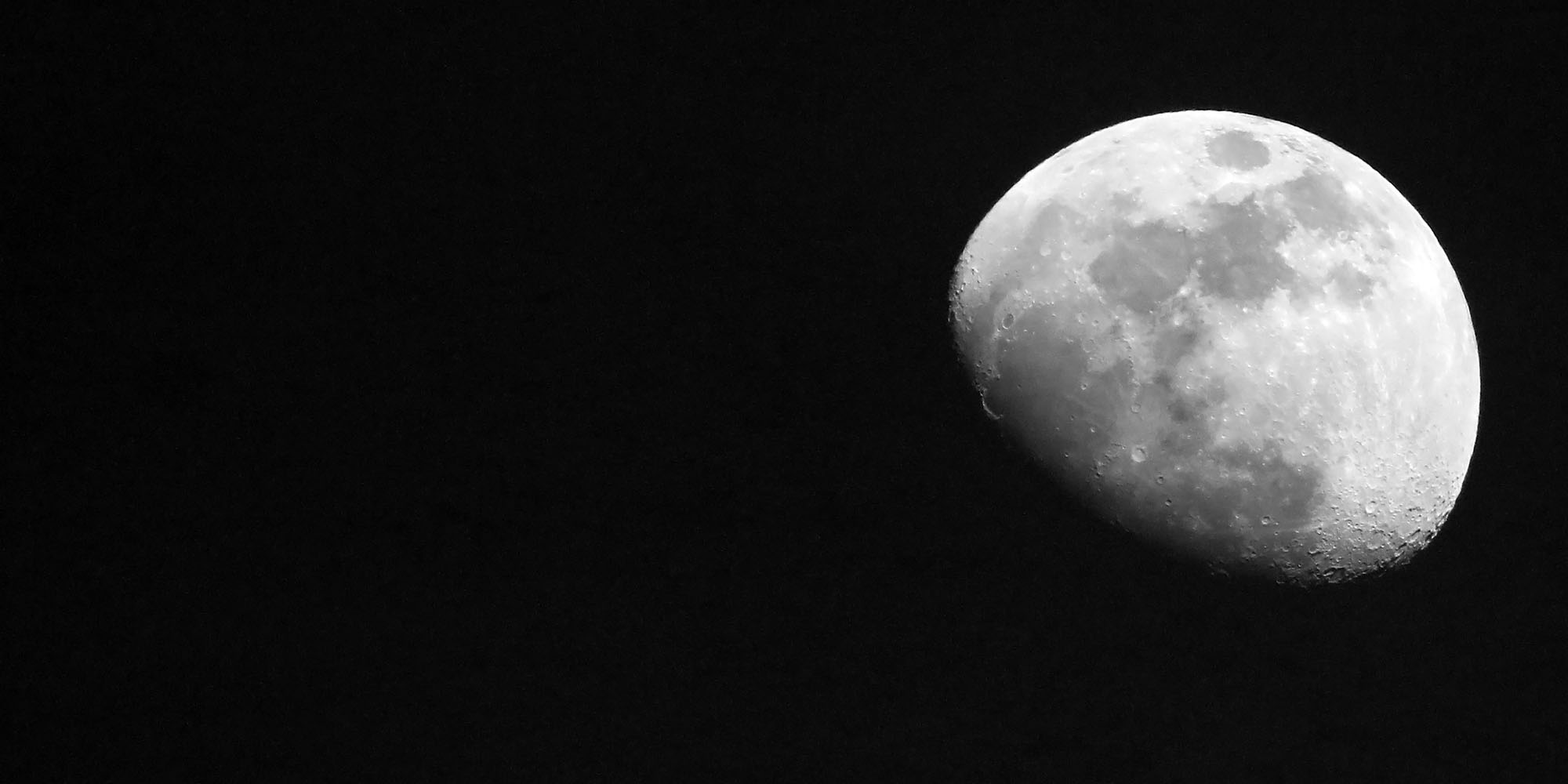 Largest supermoon of 2020 rises on a world battling COVID-19 - Daily Maverick