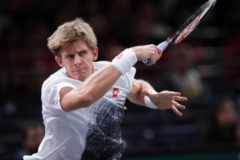 Anderson outmuscles Thiem to win ATP Finals opener