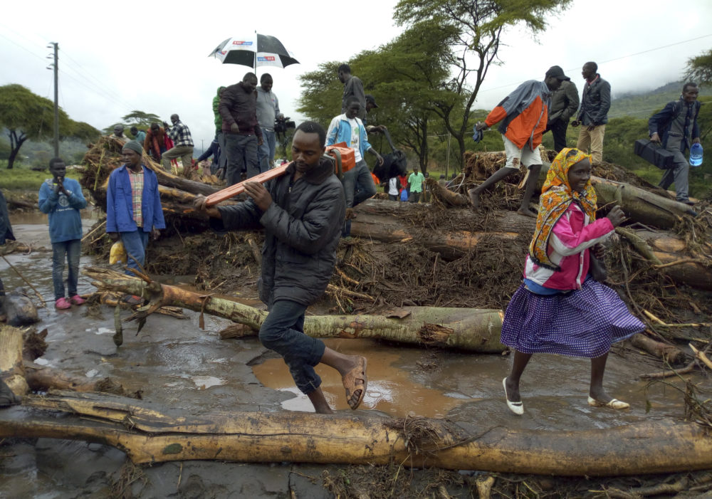 Africa: Death toll from Kenya landslides rises to 56 as heavy rains lash country's north west