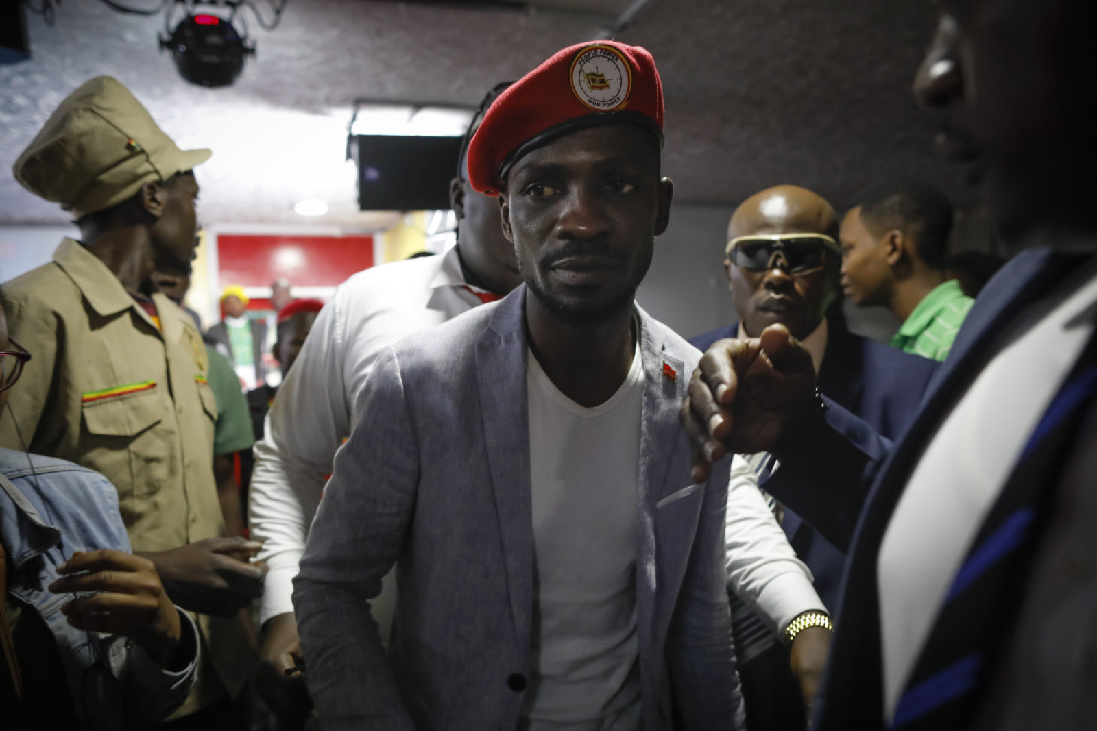 Police arrests Bobi Wine after nomination