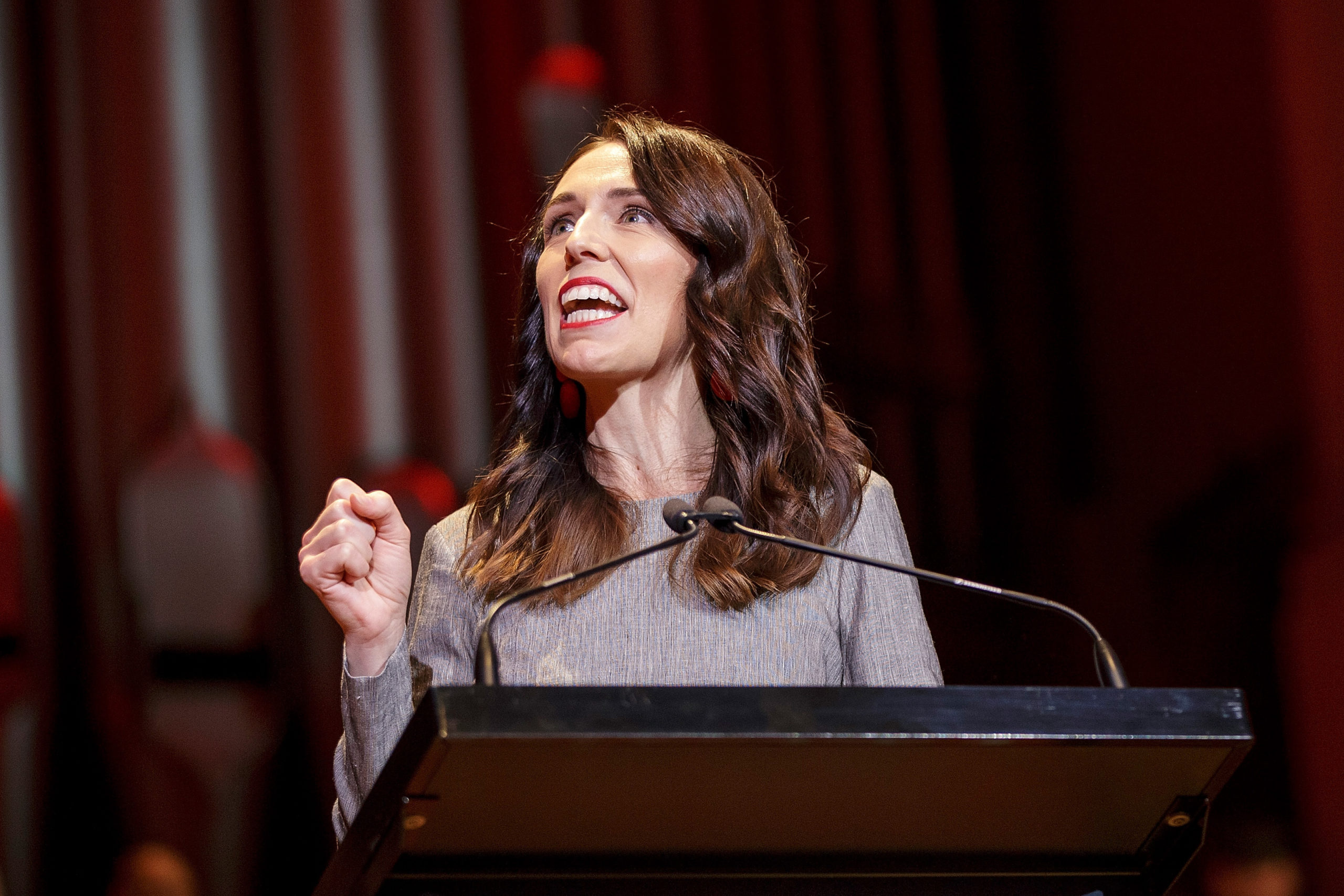 World: New Zealand introduces climate change law for financial firms in world first