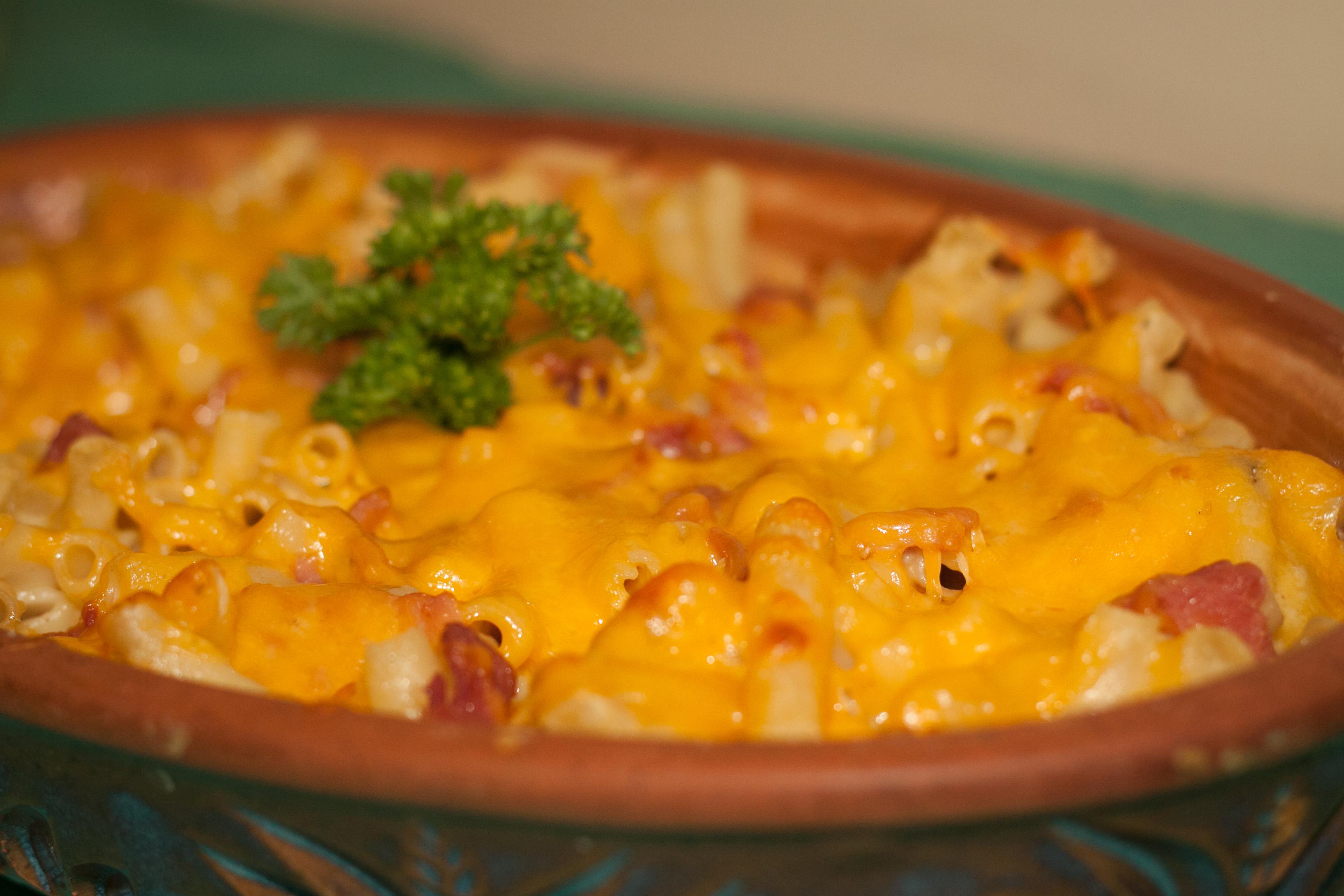 GASTROTURF: The Big Mac & Cheese Edition