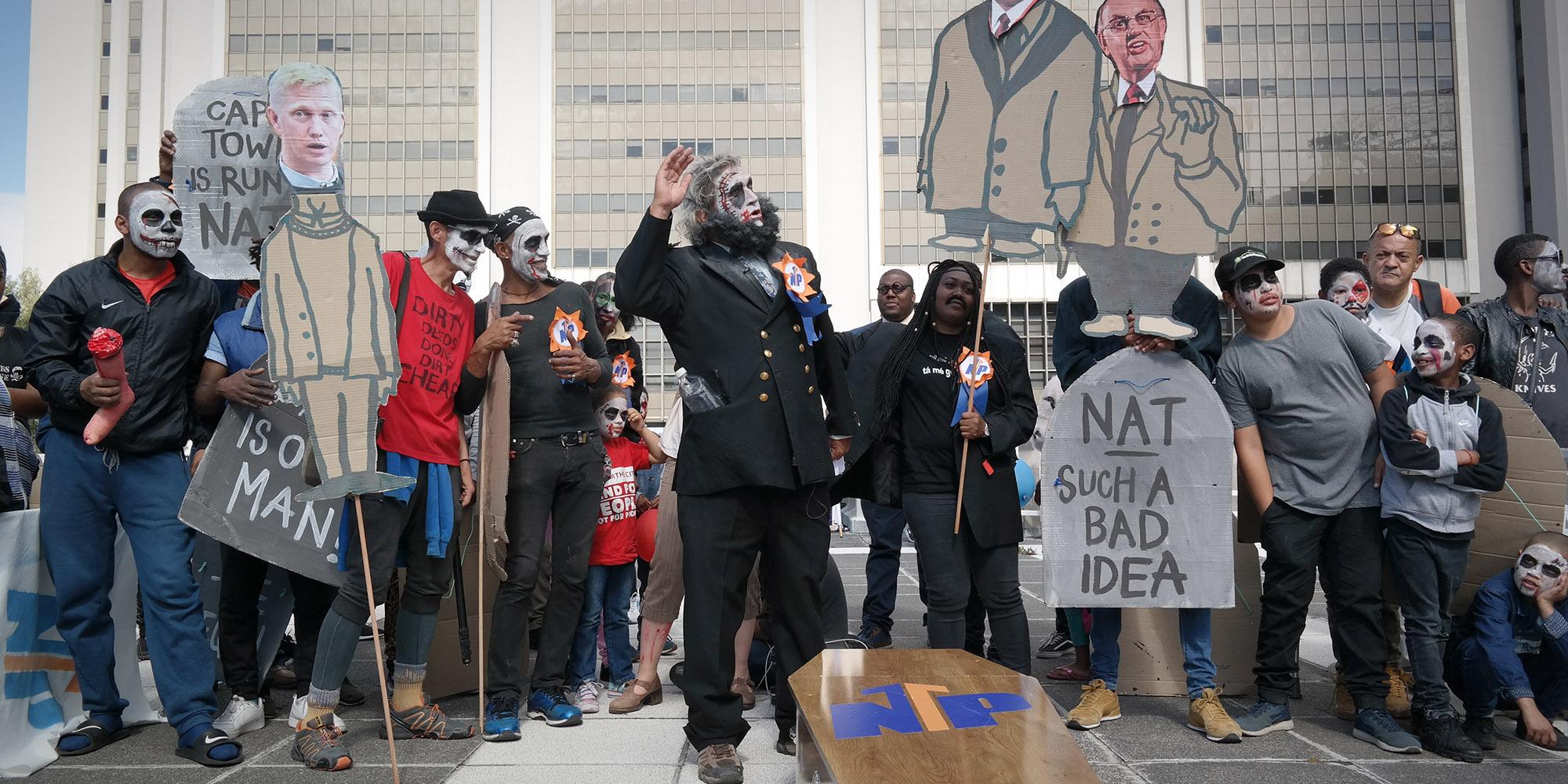 'Old Nats' kom weer tot lewe in demonstrasies van Mother City - Daily Maverick