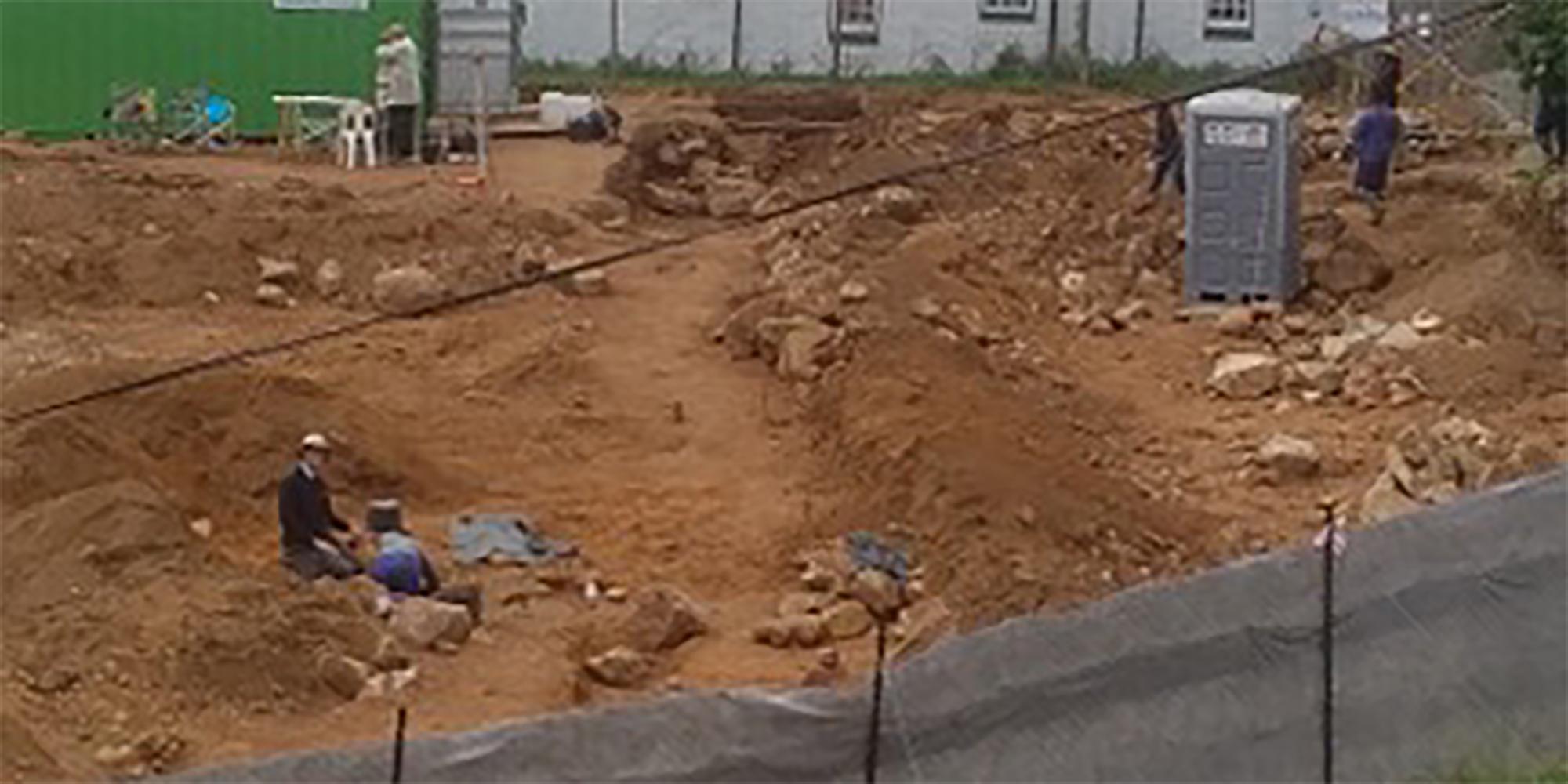 Let the bones speak – historical mass grave at Simon's Town