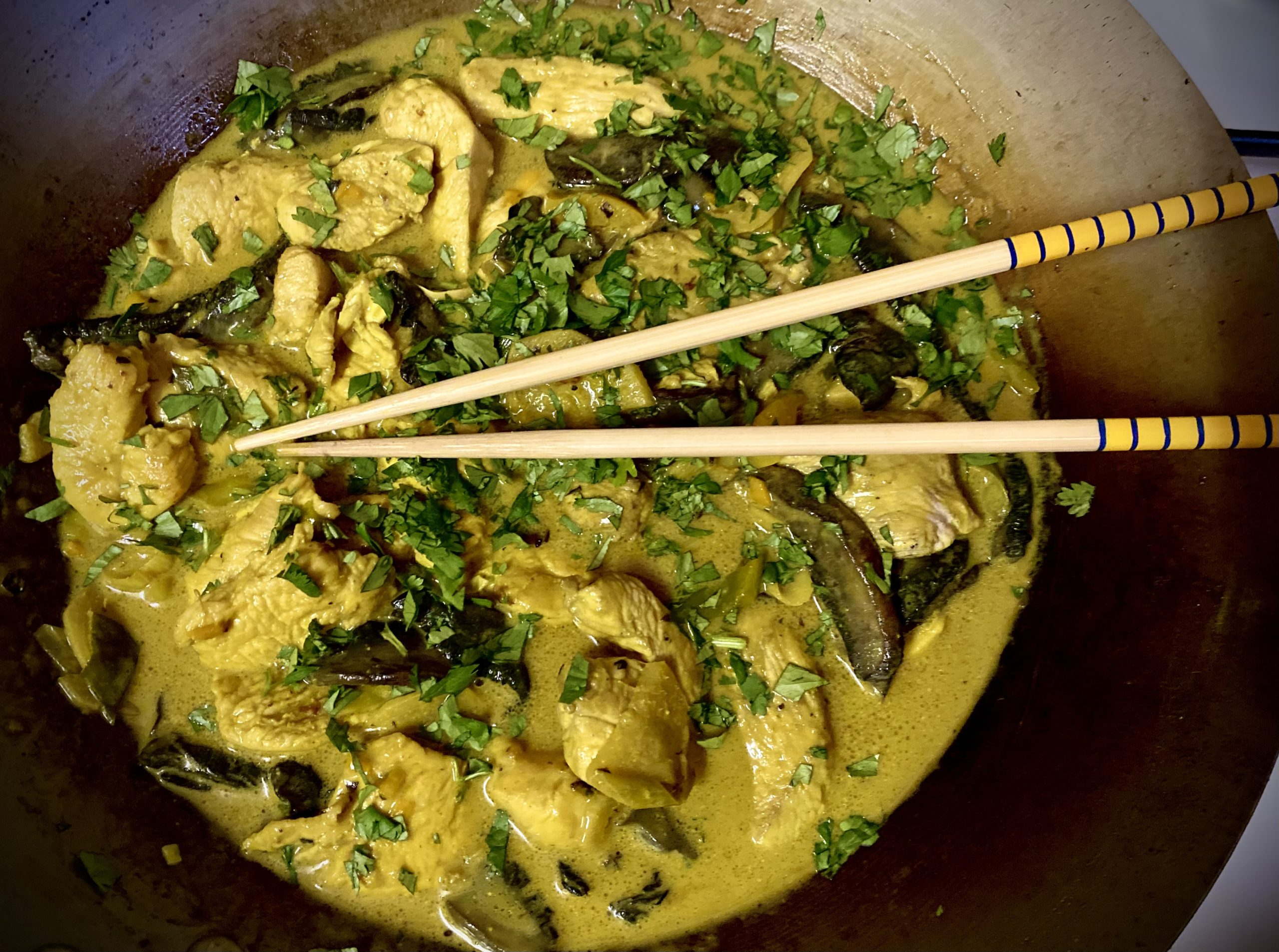 TGIFOOD: Lockdown Recipe of the Day: Yellow chicken curry in a wok